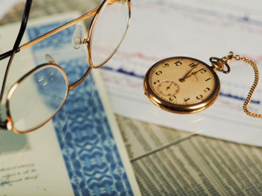 Сроки вступления в наследство после смерти по закону: через сколько, какое время вступают в наследство после смерти